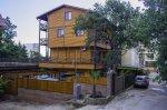Продам в Крыму город Алушта мини-гостиницу в Профессорском Уголке.