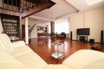 Продается трехкомнатная квартира в городе Алушта пос. Партенит